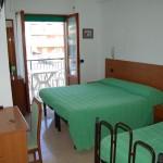 camera-doppia-con-balcone